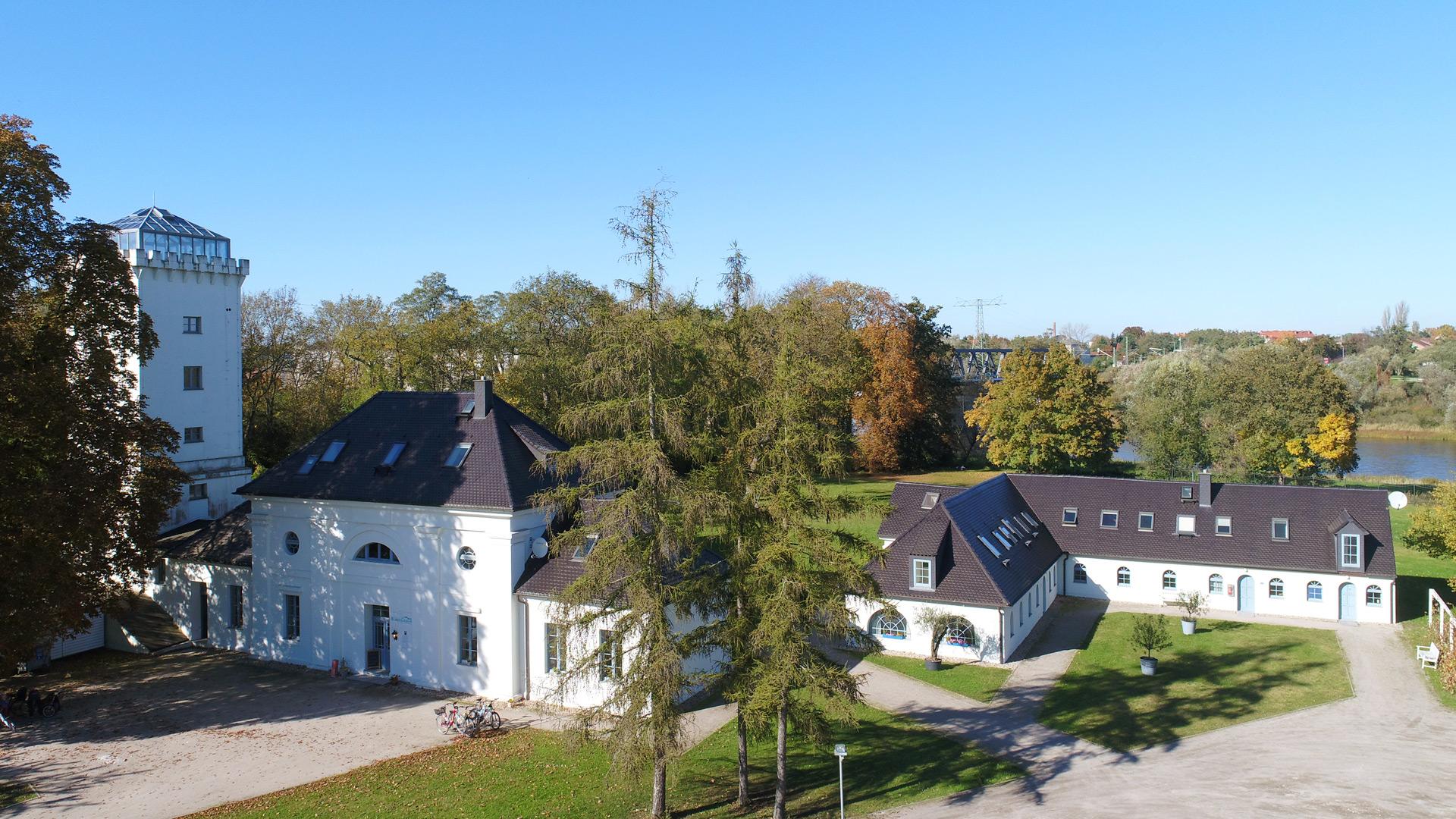 »Elbzollhaus« in Dessau-Roßlau zu allen Jahreszeiten eine Reise wert…