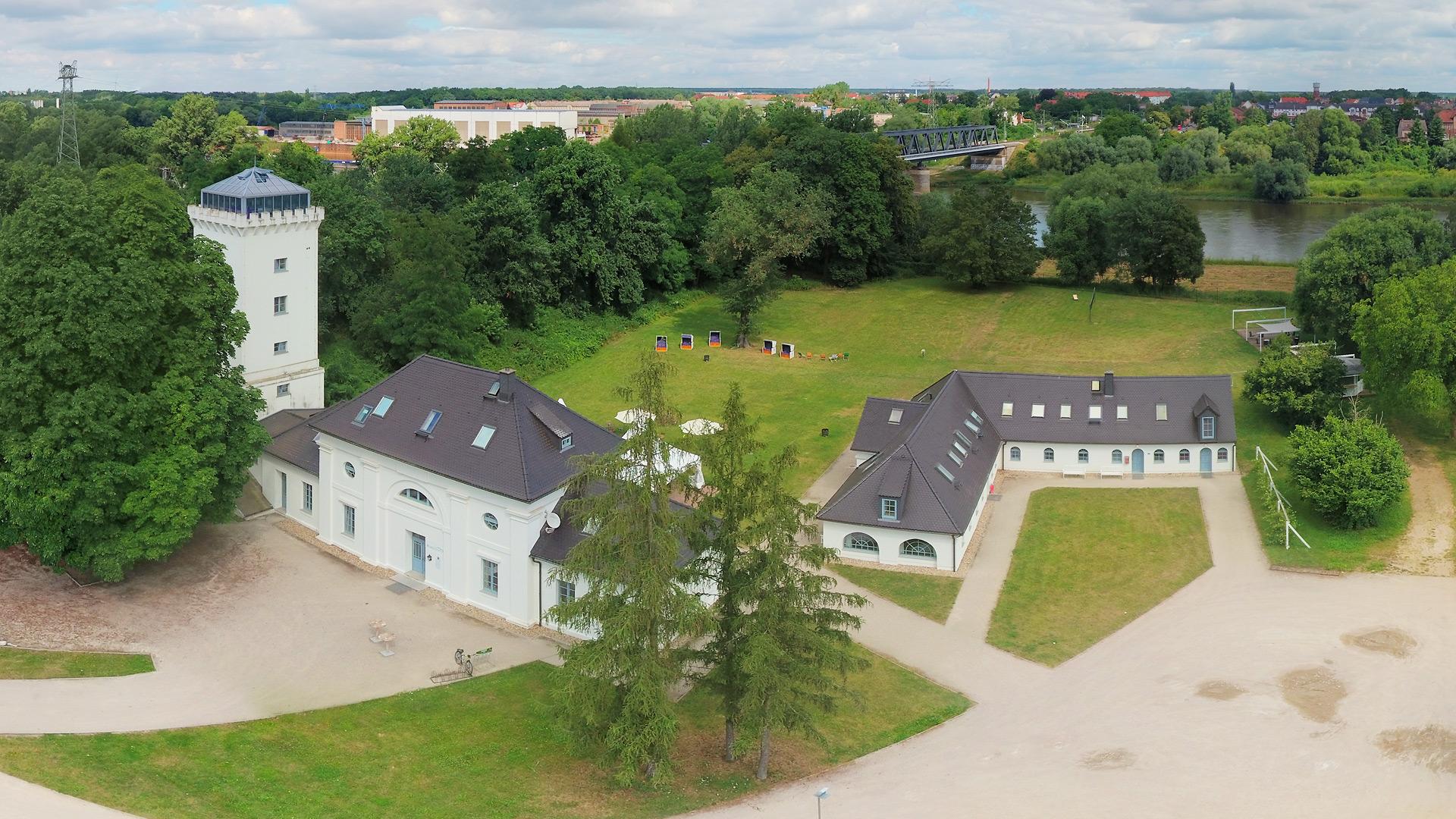 Herzlich willkommen im »Elbzollhaus« in Dessau-Roßlau